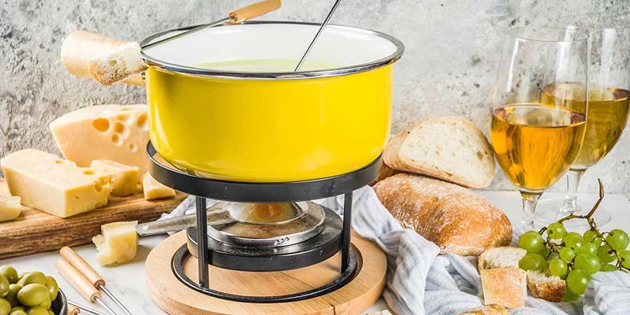 fondue fromage al formaggio a Riva San Vitale al Caffè Sociale