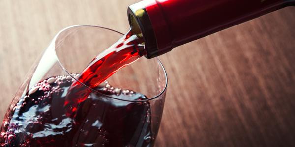 vino rosso caffe sociale riva san vitale